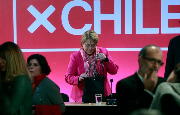 Organizaciones sociales piden a Bachelet que