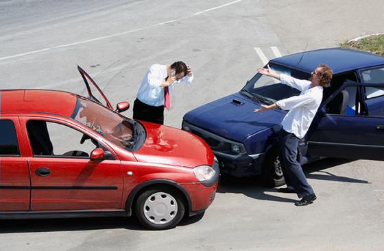 Por qué es importante tener un seguro automotriz