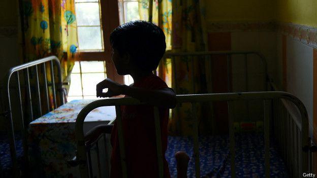 """""""Era un caos. Bebés llorando todo el tiempo, por dolor o por hambre o porque querían que alguien los cargara"""", relata Irene."""