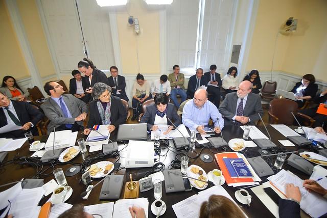 Cámara de Diputados revisará mañana si extiende el trabajo de la comisión por el caso Caval