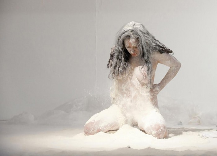 Performance La Distancia (20013). Foto: Debbie Runkel.