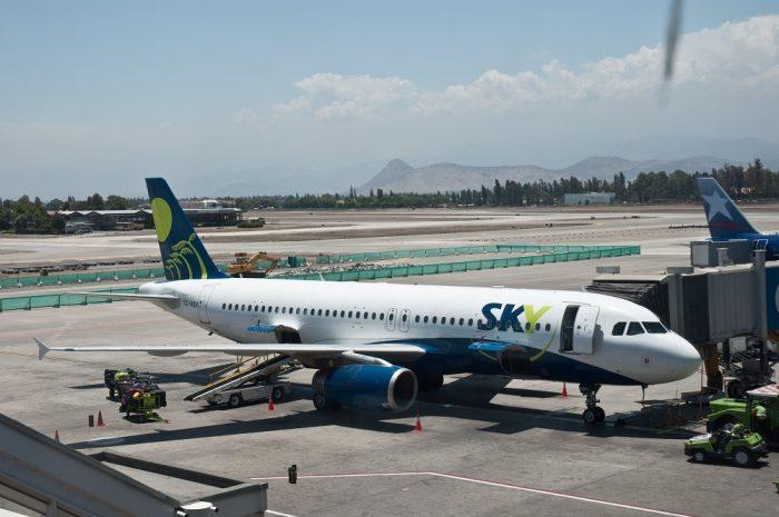 Sky ofrece volar dentro de chile desde 15 mil pesos y presenta un desafío a LAN en un momento vulnerable