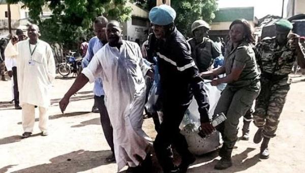 Al menos 7 muertos en un doble atentado suicida en Camerún