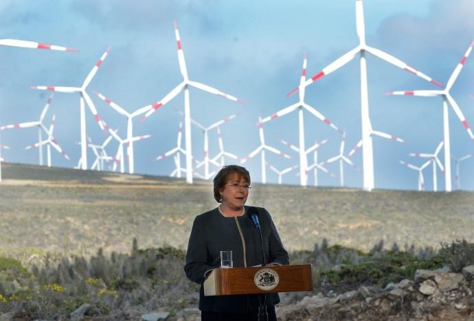 Gobierno se fija como objetivo que el 70 % de matriz energética proceda de fuentes renovables en 2050