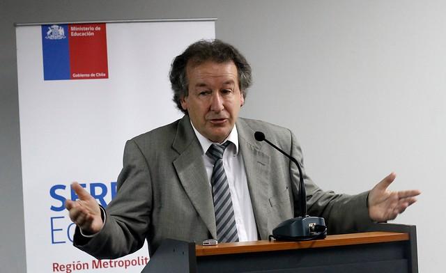 UDI pide renuncia de Francisco Martínez, jefe de la Divesup