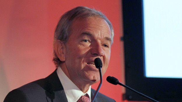 Gabriel Ruiz, exministro del gobierno de Sebastián Piñera, representaba a una de las empresas involucradas.