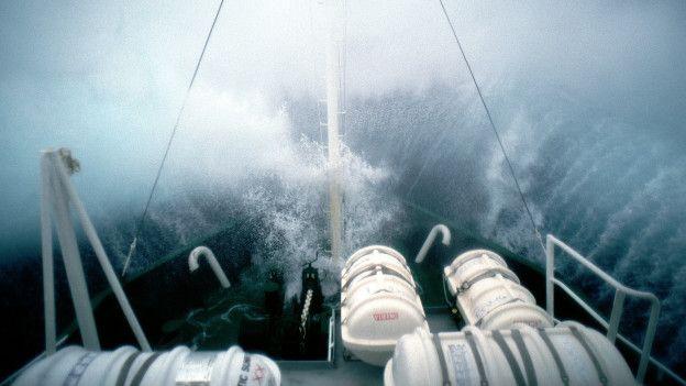Un día típico navegando en el océano Antártico.