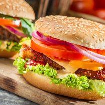 Día Internacional de la Hamburguesa: grandes cadenas lideran el top 10 de ventas
