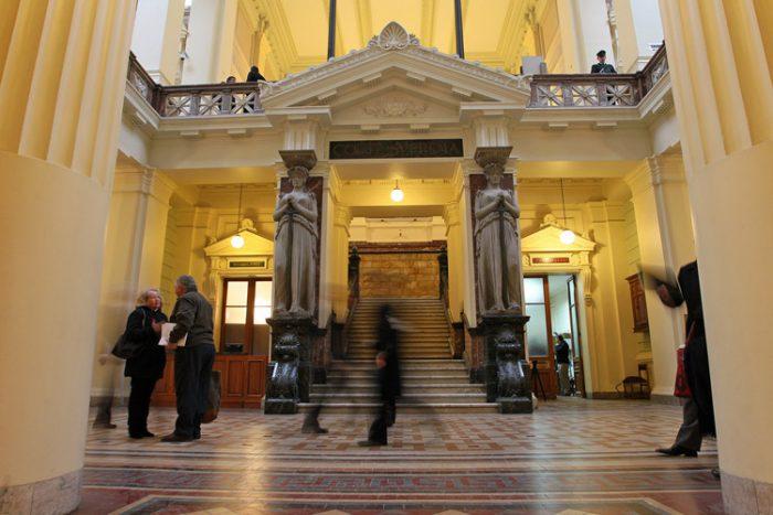 Otro fallo controvertido de la Sala Penal: corrige resolución de ministro en visita y absuelve a 44 ex DINA