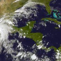 En vivo: La tensa calma en México ante la llegada del huracán Patricia