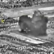 Nuevos bombardeos rusos en el centro de Siria causan víctimas civiles