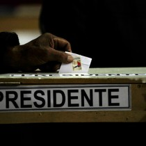 Estudio señala que la cercanía con el Metro de Santiago podría disminuir hasta en 9 puntos el nivel de abstención