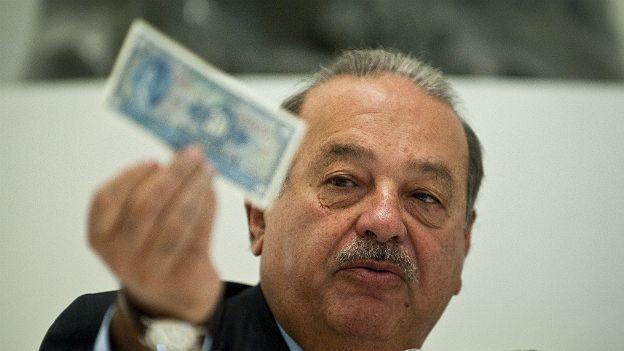 Slim tiene una fortuna estimada de US$77.000 millones.