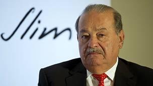 """Slim no merece la definición de """"mero tacaño"""" dice Osorno pero cuestiona su filantropía."""