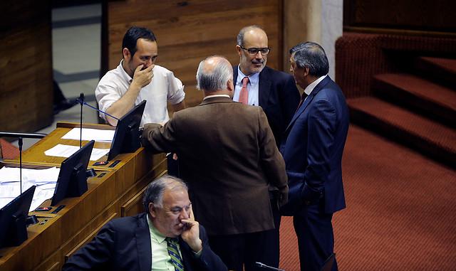 Cámara rechaza reajuste del 4,1% al sector público y continúa tensión con la ANEF