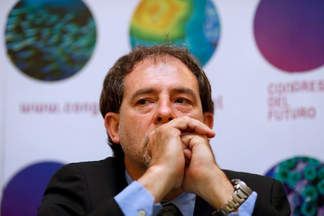 """Guido Girardi: """"El presupuesto para ciencia nos condena a la mediocridad"""""""