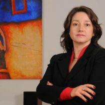 En la víspera de dictamen de la Contraloría, Tamara Agnic presenta renuncia ante falta de apoyo de La Moneda