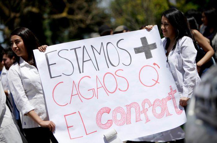 Proponen recurrir a Fondos de la Ley Reservada del Cobre para superar la crisis científica en Chile