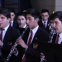 Banda Instrumental de Colegio Don Orione interpreta a Queen y Adele en Teatro Novedades en Barrio, 27 de noviembre