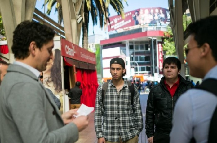 Chile sube cinco puestos en el ránking mundial que mide el nivel de inglés por países