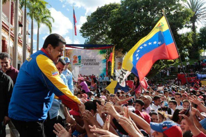 Oficialistas acusan a oposición venezolana de