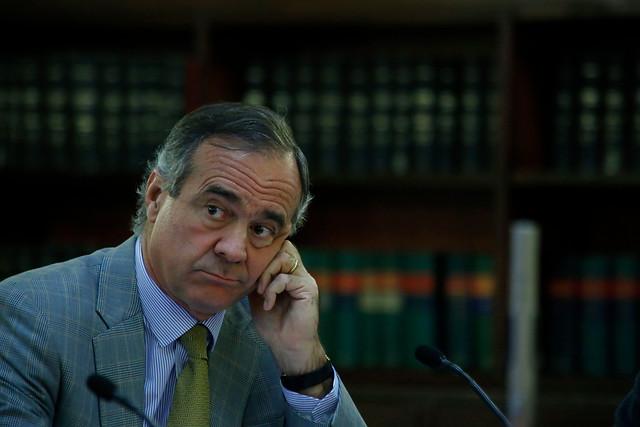 """Hasta Escalona sale a pegarle a Walker: """"Basta con que cada cual se sienta el rey de su metro cuadrado, eso es lo que está matando la democracia"""