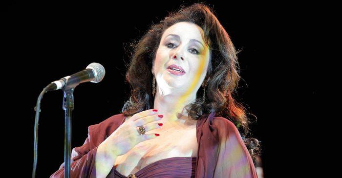 Soprano chilena Véronica Villarroel canta al pueblo aymara en el Carnegie Hall de Nueva York
