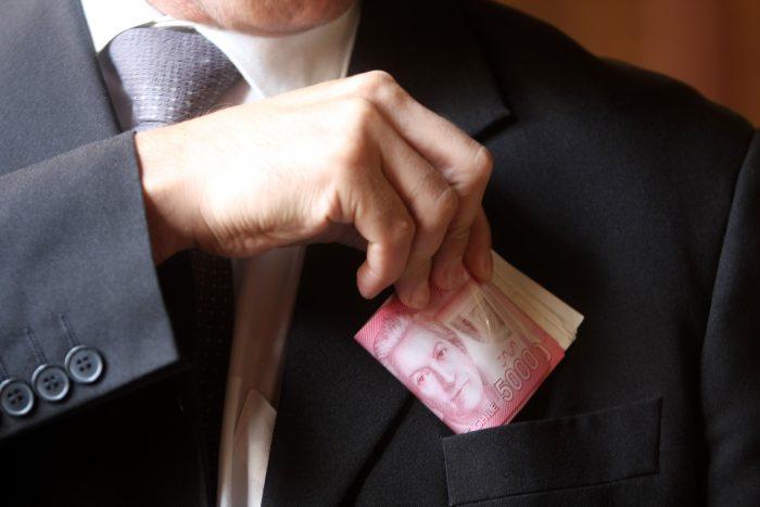 Corruptelas y omisiones lesivas en O'Higgins: sobre basurales, palteros y munimarketing