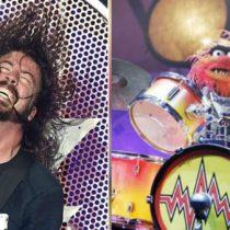 [Video] Dave Grohl se enfrenta a un Muppet en un apasionante duelo de batería