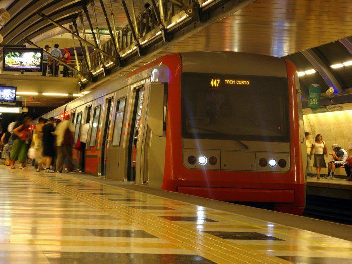 Metro de Santiago funcionará con un 60% de energías renovables desde 2018