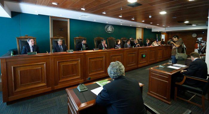 Los ministros del TC y su conflicto de interés con la educación
