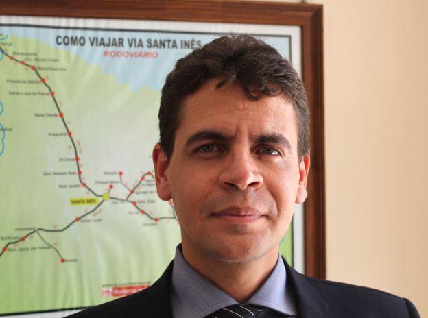 El fiscal del Estado, Fabio Santos de Oliviera, juntó pilas de evidencia contra Leite.