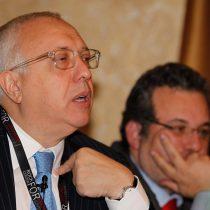 La primera víctima del recorte de nota crediticia tiene nombre y apellido: Álvaro Saieh