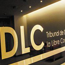 Otro caso de colusión: TDLC condena a laboratorios Baxter y Sanderson por malas prácticas en dos licitaciones públicas de suero