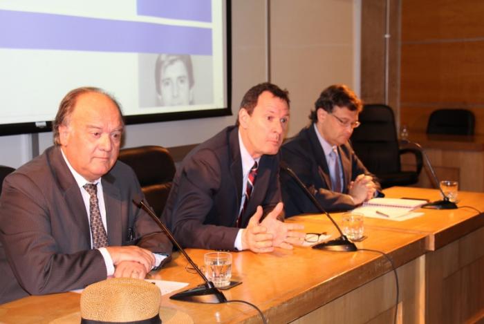 Grupo de Política Monetaria de la U. de Chile recomienda mantener TPM en 3,5% al Banco Central