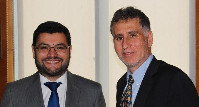Diputado Farcas (PPD) analiza con director del Sernac proyectos para reducir riesgo de endeudamiento en las personas