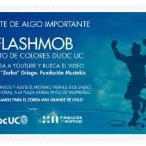 Flashmob con baile de Zorba Griego en Plaza Aníbal Pinto de Valparaíso, 8 de enero