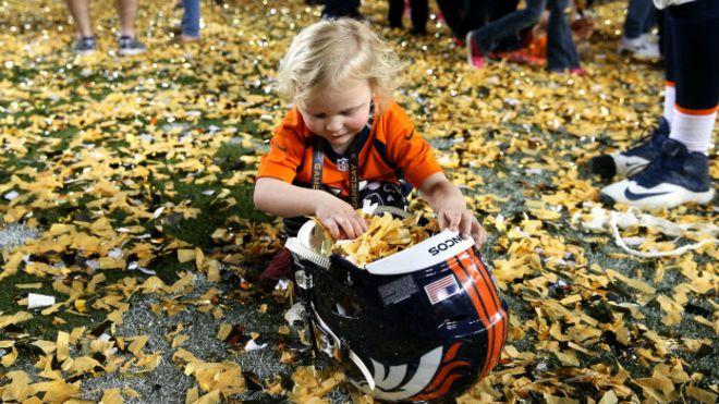 Para felicidad de sus aficionados, los Broncos de Denver se quedaron con la edición 50 del Supertazón.