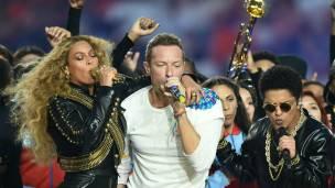 Beyoncé, Coldplay y Bruno Mars pusieron la música en el medio tiempo.