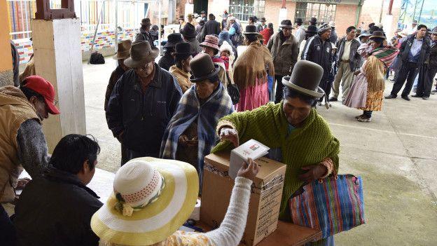 Unos 6,5 millones de bolivianos debían acudir a las urnas este domingo.