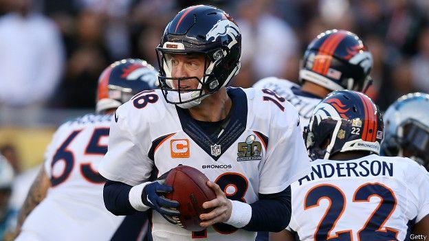 Peyton Manning lideró la ofensiva de los Broncos de Denver, en el que podría haber sido su último partido como profesional.