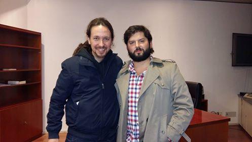 """El encuentro con """"vinos ajerezados"""" entre el diputado Boric y Pablo Iglesias"""