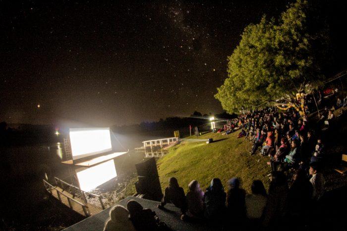 """Ficil Biobío: """"Los 33"""" reviven su epopeya de sobrevivencia, en la ribera del lago Lanalhue"""