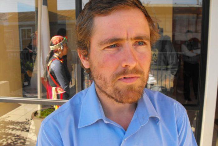 Ex jesuita Luis García-Huidobro denuncia apremios ilegítimos de carabineros a detenidos mapuche