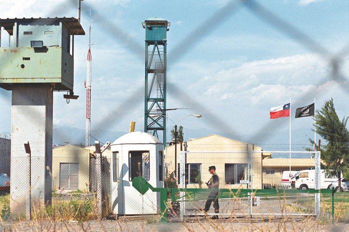 Agrupaciones de DD.HH. advierten al Gobierno sobre internos de Punta Peuco: