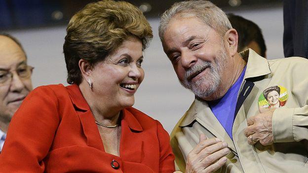 El expresidente Lula da Silva es el líder del Partido de los Trabajadores (PT), al que pertenece también Dilma Rousseff.
