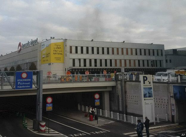 Medios belgas aseguran que las explosiones ocurrieron sobre las 08:15 hora local (07:15 GMT).