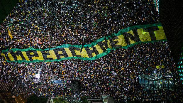 El Tribunal Supremo ya empezó a definir las reglas del juego para el juicio político –impeachment– que pondrá la continuidad de la mandataria en manos del congreso brasileño.