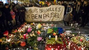 Decenas de personas recordaron a las víctimas este miércoles en Bruselas.