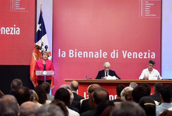 Por primera vez presentan la Bienal de Venecia en Chile y en español